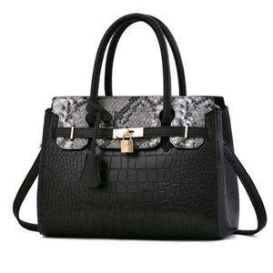 🆕Black/Gray Snake Croc Style VEGAN Leather Purse